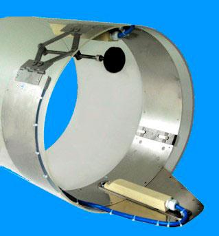 ustanovka-datchika-rashodomera-samotechnoj-kanalizatsii